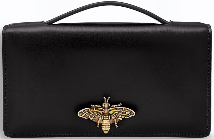 Grace Yourselves With Cheap Replcia Dior Bee Pouch