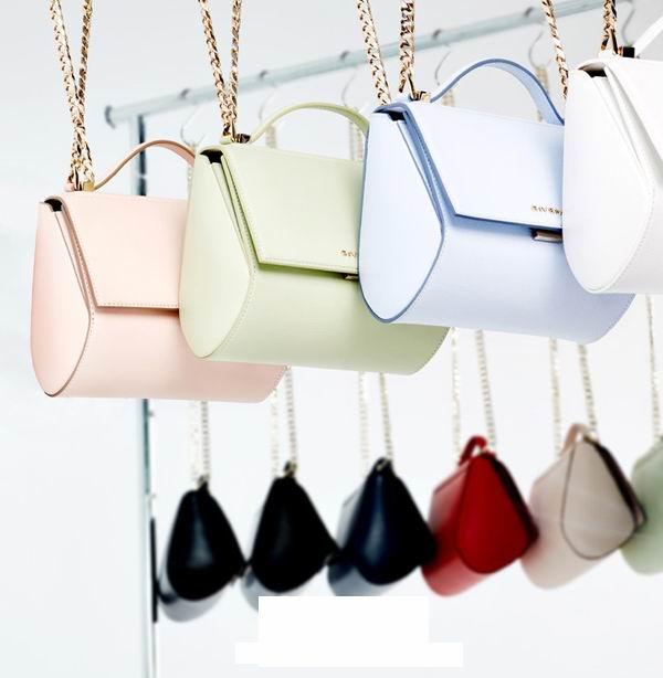 8 Designer Replica Handbags Big