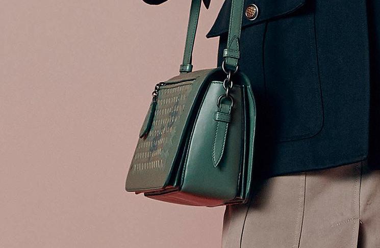 Bottega-Veneta-Resort-2018-Ad-Campaign-13
